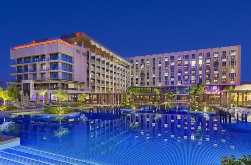 "THE  W MUSCAT – ""WORLD'S LEADING NEW HOTEL 2019"""